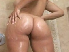 Shower, Big Ass, Big ass ebony